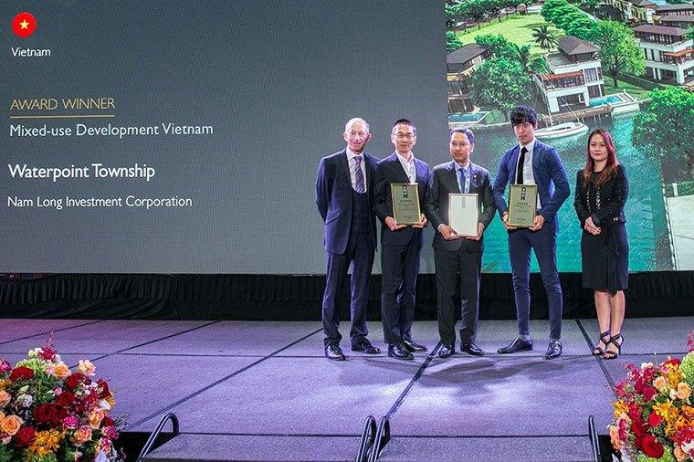 """Khu đô thị Waterpoint được vinh danh giải thưởng IPA 2019 hạng mục """"Khu phức hợp tốt nhất""""."""