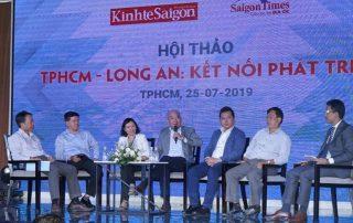 Các diễn giả thảo luận tại buổi tọa đàm kết nối và phát triển giao thông tại long an.