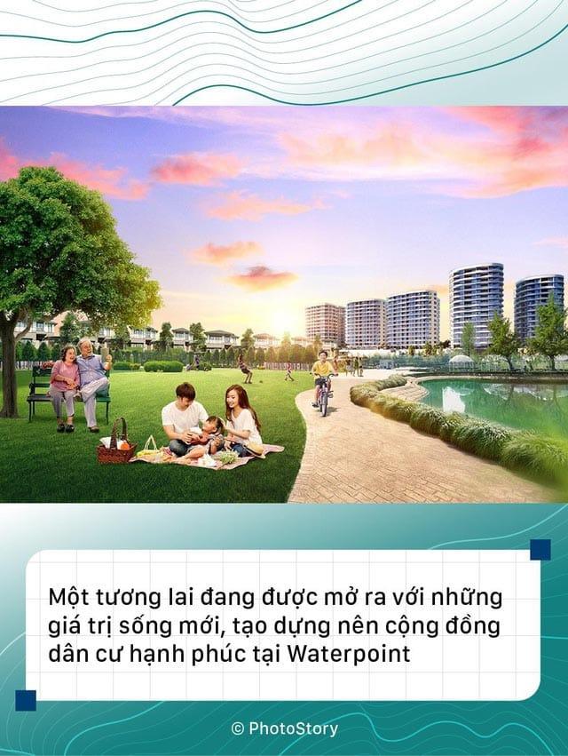 Thành phố tạo dựng nên cộng đồng cư dân sống hạnh phúc bên dòng sông Vàm Cỏ Đông.
