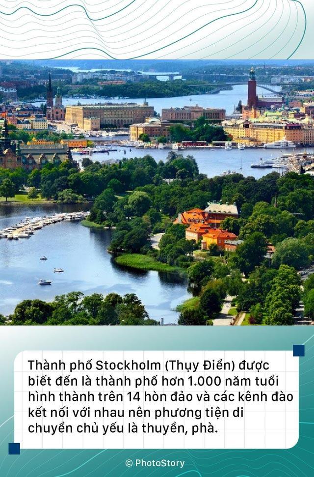 Stockholm(Thủy Điện) là thành phố với các phương tiện di chuyển chủ yếu là thuyền và phà.